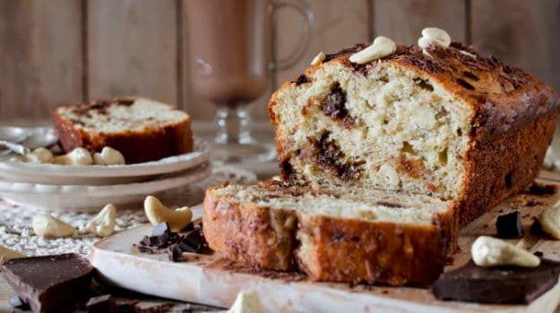 Eggless Banana cake