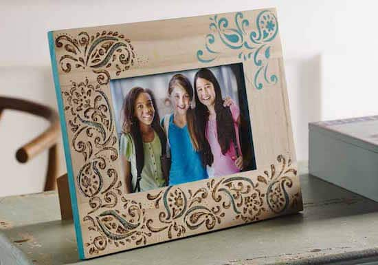 Woodburning on a DIY picture frame