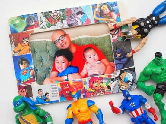 DIY picture frame with comic books and Mod Podge